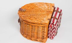 valentine-basket-2p-with-striped-fabric1